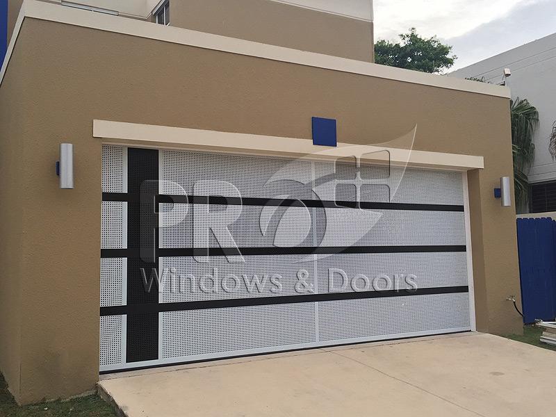 Puertas de garages trendy how to add fake grilles to - Puertas abatibles garaje ...