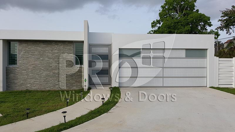 Puertas de garaje puerto rico garage doors pro windows for Puertas de garaje